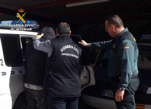 La Guardia Civil detiene en Cieza a una persona por delitos de lesiones y abuso sexual - 1, Foto 1