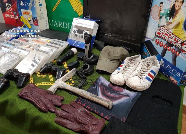 La Guardia Civil esclarece más de una treintena de robos en viviendas y comercios de Jumilla - 2, Foto 2