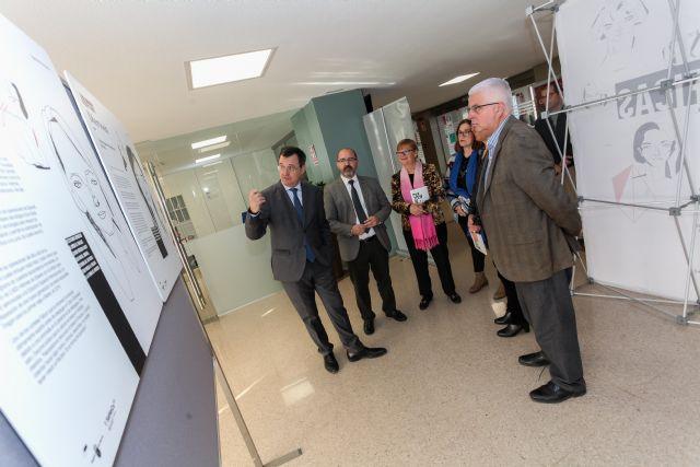 La Universidad de Murcia acoge la exposición 'Entre Científicas' para visibilizar la aportación de las mujeres a la ciencia - 1, Foto 1