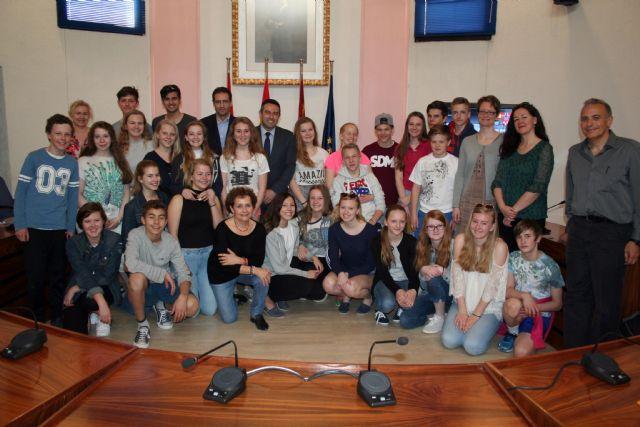 27 alumnos de la ciudad de As (Noruega), son recibidos por el Alcalde de Alcantarilla - 1, Foto 1