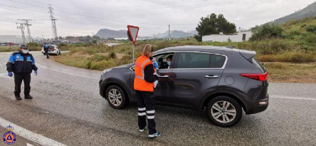 El Gobierno de España reparte en Mazarrón 6000 mascarillas ante el regreso de algunos trabajadores a su actividad laboral, Foto 5
