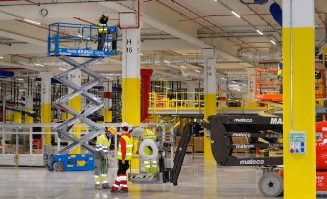 El nuevo centro logístico robotizado de Amazon en Murcia creará más de 1.200 empleos fijos en la región en los próximos tres años - 1, Foto 1
