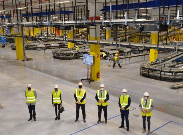 El nuevo centro logístico robotizado de Amazon en Murcia creará más de 1.200 empleos fijos en la región en los próximos tres años - 2, Foto 2