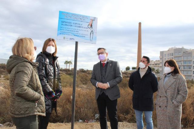 Al consejero de Sanidad le importan más las siglas políticas que los ciudadanos y ciudadanas de Águilas - 1, Foto 1