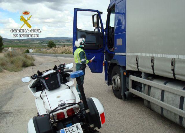 La Guardia Civil intercepta al conductor de un vehículo articulado de 26 toneladas conduciendo bajo los efectos de drogas - 3, Foto 3