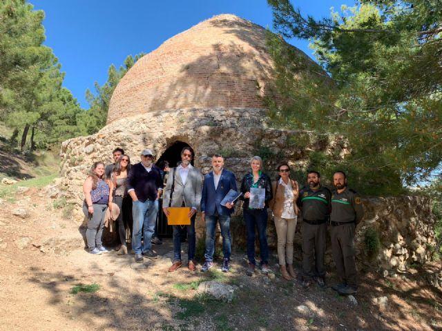Cultura elabora el plan director de los pozos de la nieve de Sierra Espuña para garantizar su conservación y puesta en valor