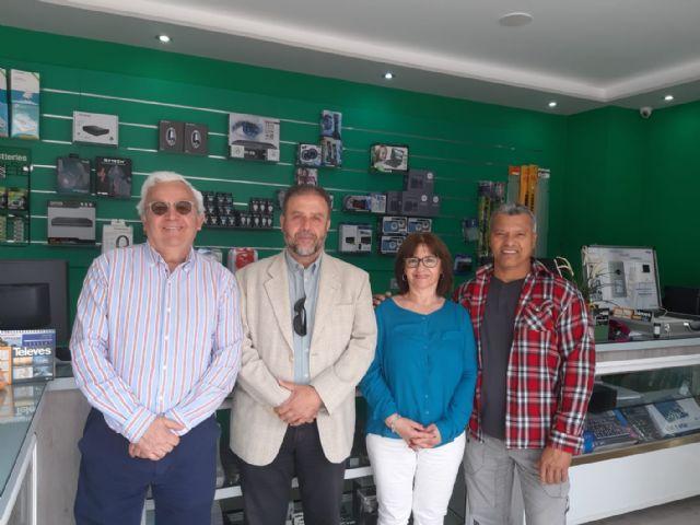 DEMOCRACIA PLURAL visita comercios de Ronda Sur - 2, Foto 2