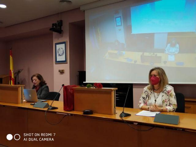 En el homenaje realizado a la catedrática de la Facultad de Letras, Carmen Gonzalez, intervienen destacados investigadores que han investigado la memoria histórica en diversos ámbitos temáticos - 3, Foto 3