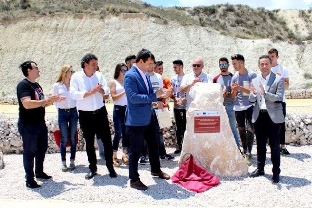 15 jóvenes de Lorquí se forman como auxiliares de albañilería de fábricas y cubiertas - 2, Foto 2