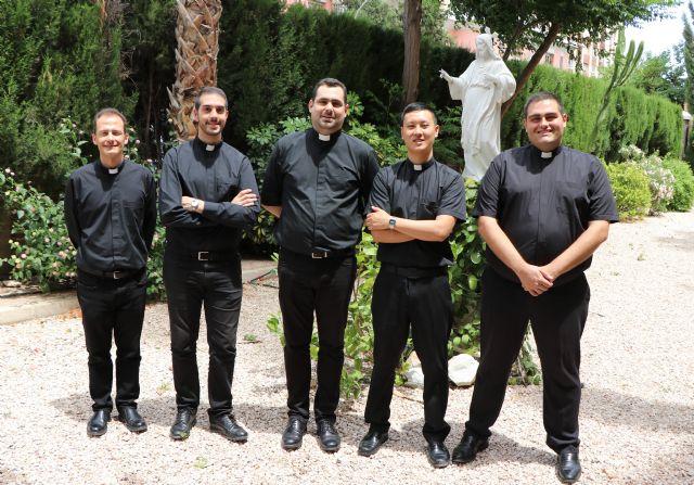 Cinco jóvenes se ordenan presbíteros este año, Foto 1