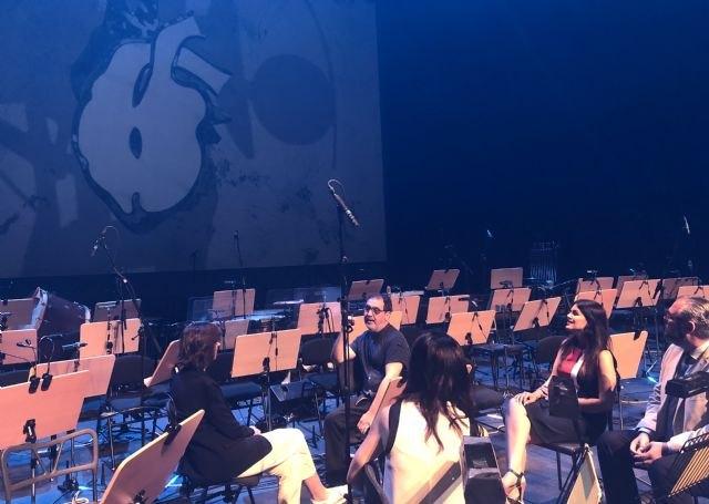 La Orquesta Sinfónica de la Región despide su temporada con la obra ´Carmina Burana´ y un gran montaje escénico del artista Ángel Haro, Foto 1