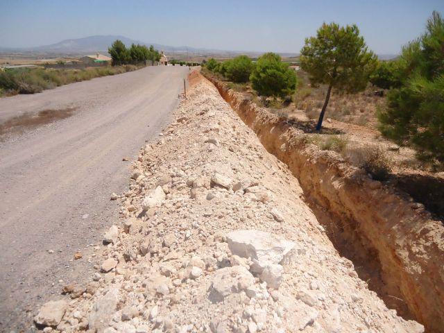 Instalan un ramal de tubería de distribución en El Raiguero para solucionar los problemas de interrupción del servicio en las zonas altas - 2, Foto 2