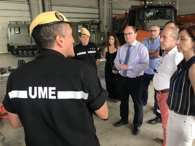 La Comunidad da a conocer su visor cartográfico para emergencias en la base de la UME en Valencia - 1, Foto 1
