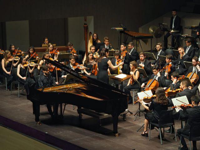 Éxito en Torrevieja de la Orquesta de Jóvenes, que hoy actúa en el Auditorio regional - 1, Foto 1