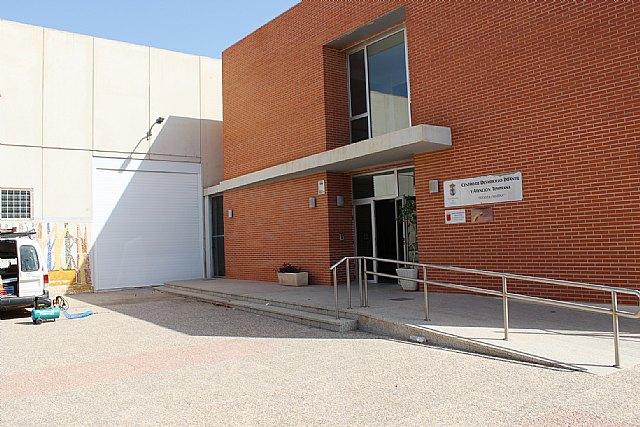 Ayuntamiento e IMAS suscriben un convenio de colaboraci�n para el mantenimiento de los programas en el Centro de Atenci�n Temprana de Totana, Foto 3