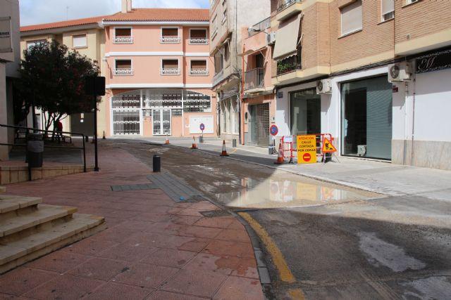 La calle Tomás Moro queda de doble sentido mientras duren las obras de los Postigos, Foto 1