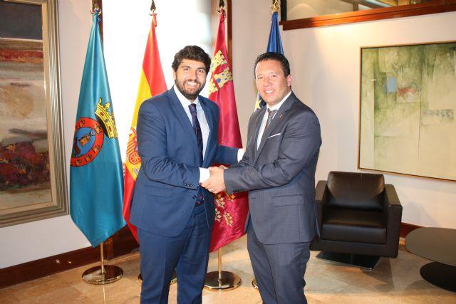 Fernando López Miras se reúne con la alcalde de Mula - 1, Foto 1