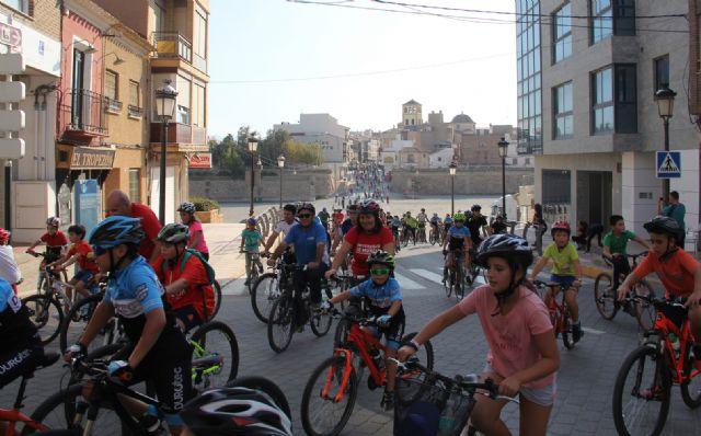 'En forma pedaleando' llega a una nueva edición con más de 400 participantes - 1, Foto 1