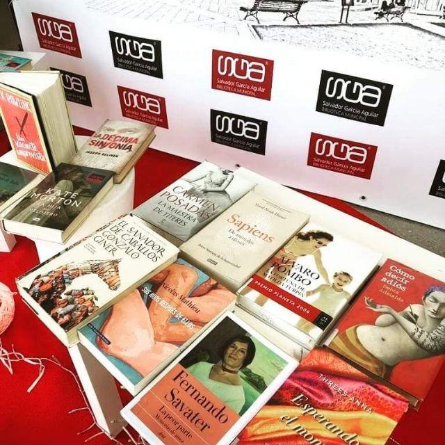 La Biblioteca Salvador García Aguilar de Molina de Segura facilita el préstamo de libros con los escaparates Mira, elige y lee desde los que muestra su fondo bibliográfico - 3, Foto 3