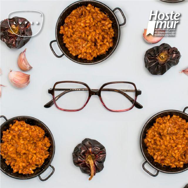 Gafas y platos típicos, así se une LUPER y HOSTEMUR para apoyar la hostelería en la Región - 1, Foto 1