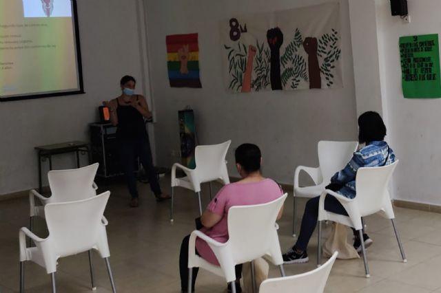 Comienzan en el barrio del Carmen los talleres de concienciación sobre violencia de género para población inmigrante - 1, Foto 1