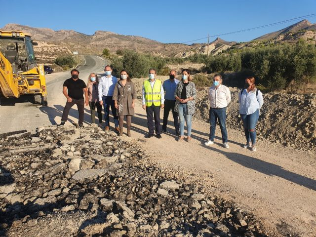 Fomento mejora la carretera de acceso a la pedanía fortunera de Caprés - 1, Foto 1