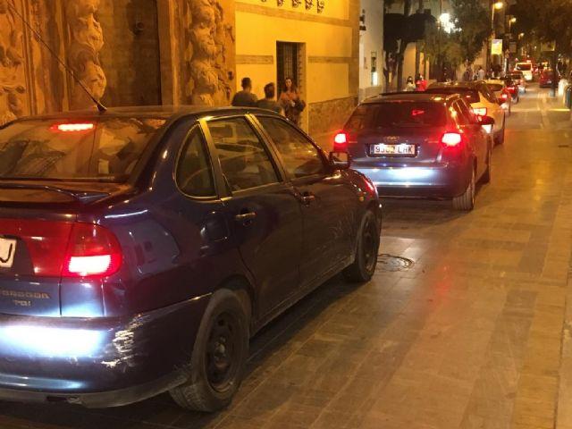 La nula planificación del gobierno socialista convierte Lorca en una ratonera para el tráfico: se tarda menos en ir a Murcia que en cruzar el centro de la ciudad - 1, Foto 1