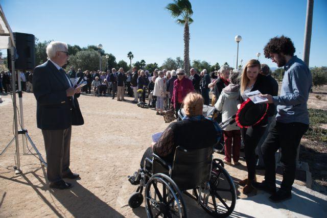 La comunidad británica cumplió con la tradición en el día de la memoria, Foto 2