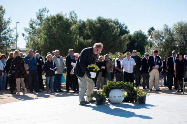 La comunidad británica cumplió con la tradición en el día de la memoria, Foto 3