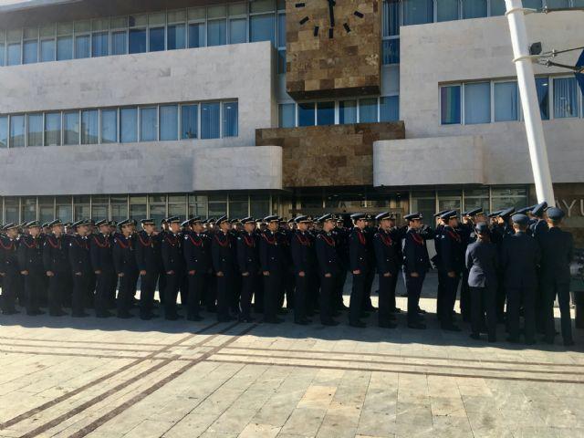El alcalde declaró vecinos de San Javier a los nuevos alumnos de la AGA en su tradicional visita al Ayuntamiento - 3, Foto 3