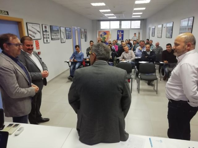 The Autonomous Community trains 35 local policemen from Totana, Alhama, Mazarr�n and Águilas in drug detection in drivers, Foto 1