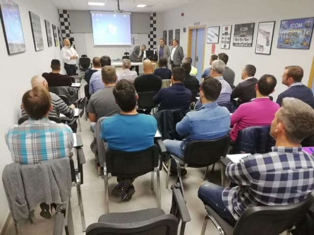 The Autonomous Community trains 35 local policemen from Totana, Alhama, Mazarr�n and Águilas in drug detection in drivers, Foto 4