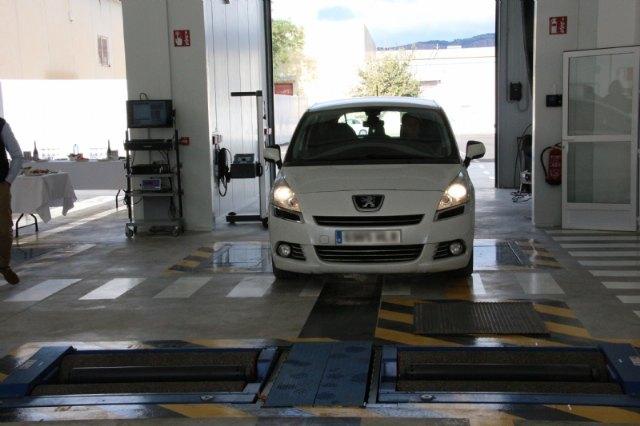 Abre la primera ITV en Alhama, situada en el Polígono Industrial Las Salinas, Foto 3