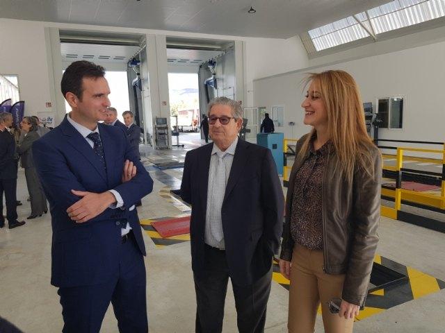 Abre la primera ITV en Alhama, situada en el Polígono Industrial Las Salinas, Foto 5