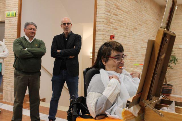 Los Alcázares acoge la exposición de la Asociación de Pintores con la Boca y con el Pie de todo el mundo - 1, Foto 1