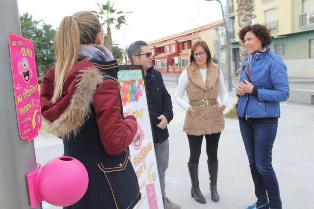 El Ayuntamiento instala papeleras para la recogida de chicles en espacios públicos - 1, Foto 1