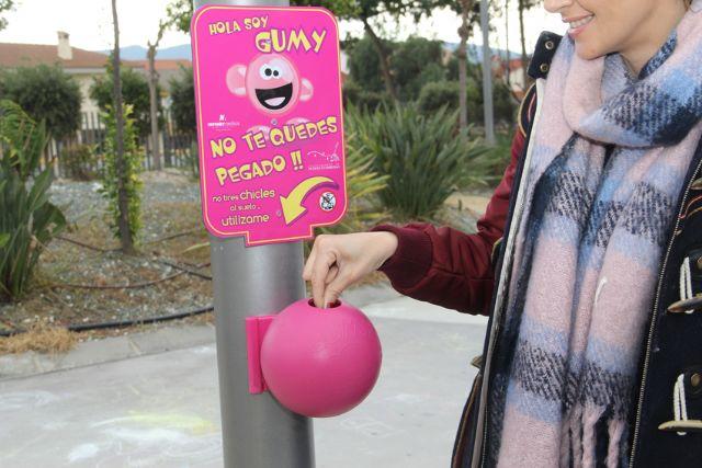 El Ayuntamiento instala papeleras para la recogida de chicles en espacios públicos - 2, Foto 2