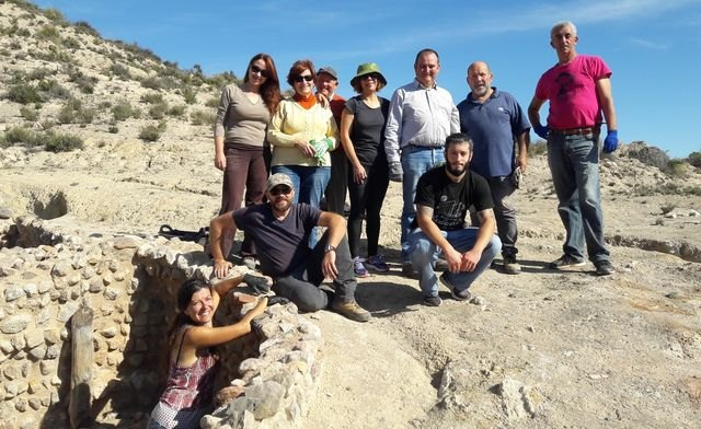 ASBA and Integral carry out cleaning work in the archaeological site of Tira del Lienzo