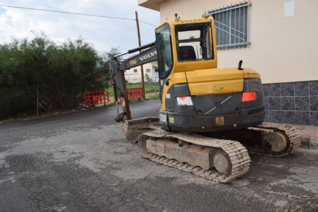 Corte de agua por las obras de renovación de la red de suministro en el entorno de la calle Villarico, Foto 1