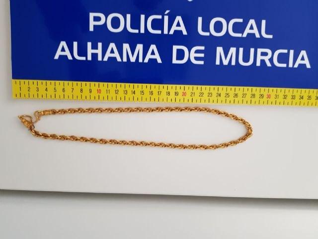 La Policía Local de Alhama detiene a un grupo organizado de nacionalidad extranjera reclamado judicialmente desde Cataluña, Foto 1