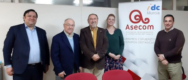 ASECOM y el Instituto de Desarrollo Comunitario firman un acuerdo de colaboración - 2, Foto 2