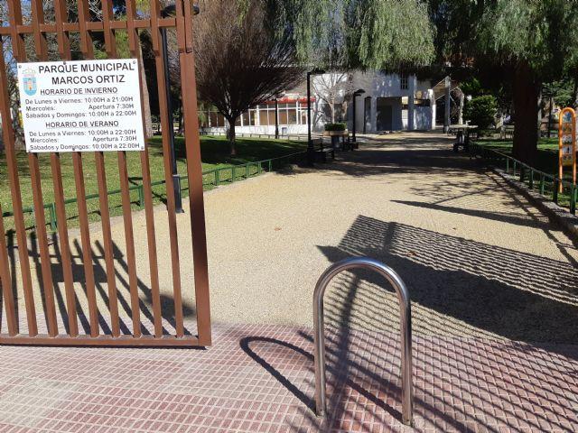 Se efectuar� un estudio para evaluar medidas que permitan la accesibilidad en distintos espacios del parque municipal Marcos Ortiz, Foto 3