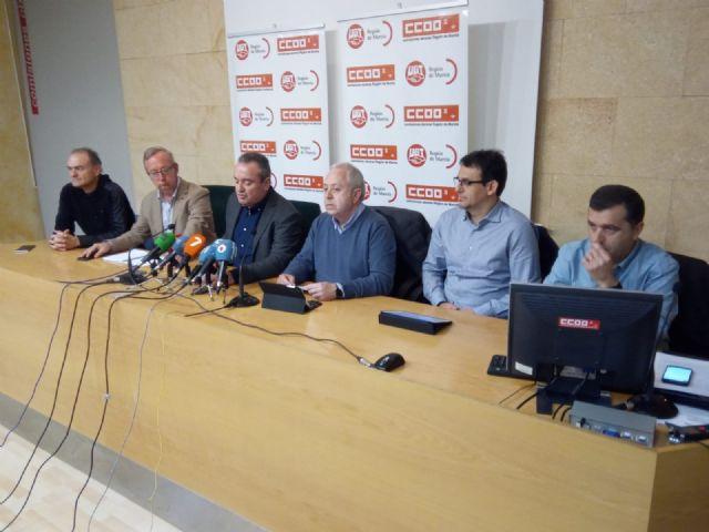 UGT y CCOO convocan huelga general en hostelería para Semana Santa y Bando de la Huerta, Foto 1