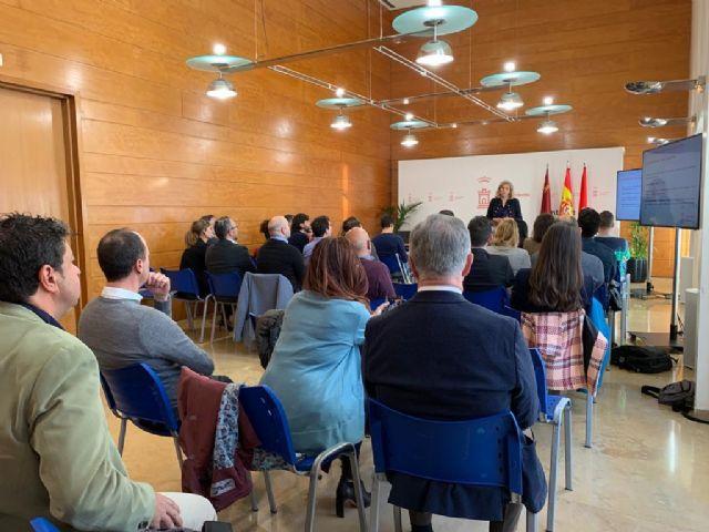 Más de 40 participantes de concesionarias públicas y empresas del sector proponen iniciativas para el desarrollo de la Estrategia de Economía Circular del municipio - 1, Foto 1