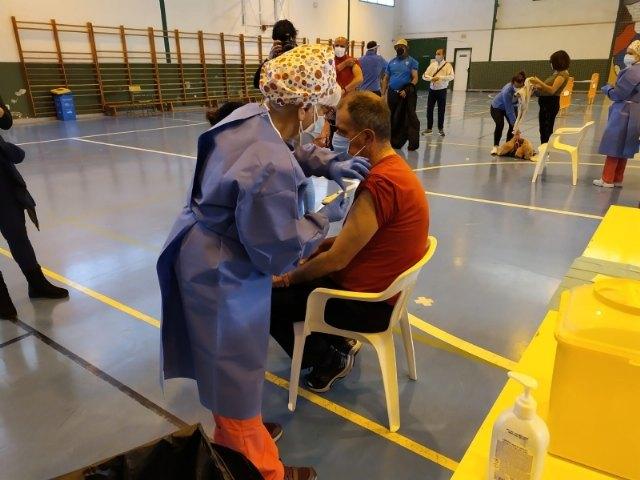 [Salud Pública del Área III comunica que esta semana próxima comenzarán a administrar dosis de la vacuna AstraZeneca a más colectivos de Totana