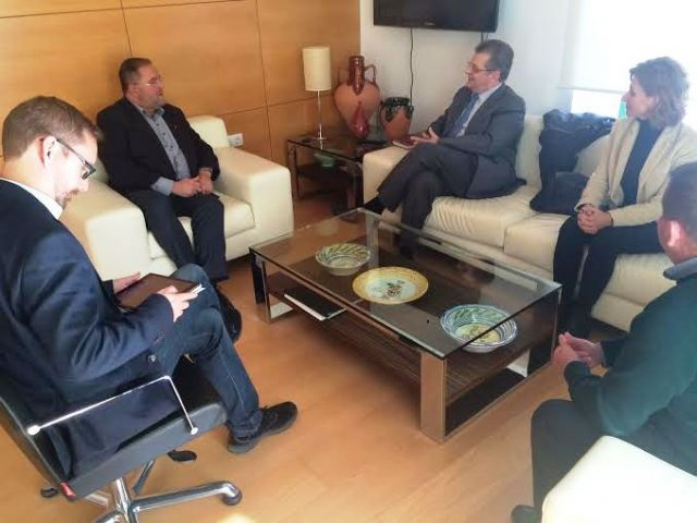 The government team meets with the College of Architects of Murcia, Foto 3