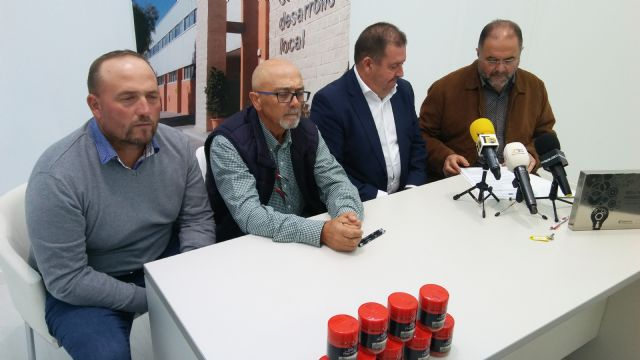 They sign another contract for the assignment of dependencies of the Business Incubator to a company that will commercialize sweet paprika - 1