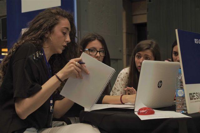 3 de cada 4 jóvenes se marcharía de España para mejorar profesionalmente - 1, Foto 1