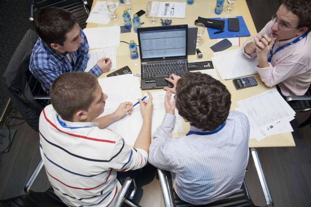 3 de cada 4 jóvenes se marcharía de España para mejorar profesionalmente - 2, Foto 2