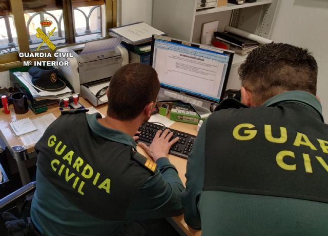 La Guardia Civil detiene a dos personas dedicadas a robar en viviendas de Albudeite - 3, Foto 3
